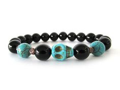 Schwarz Onyx Herren Skull Armband von RockAndHardware auf Etsy