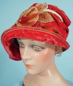 ~c. 1925 MANNHEIMER, New York Red Velvet Painted Appliqued Leaves Cloche~