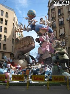 084FGb Valencia City, Valencia Spain, Character Modeling, Monuments, Caricature, Creative Art, Art Art, Street Art, Character Design
