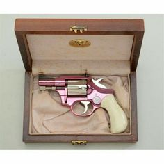My dream gun a pink revolver! I have this weird obsession for revolvers! Mafia, Pink Guns, Pink Hand Guns, Love Gun, Fire Powers, Cool Guns, Awesome Guns, Guns And Ammo, Concealed Carry