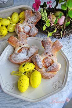 Lussi`s World of Artcraft: Козуначени зайчета за Великден / Sweet Easter Bunnies Recipe