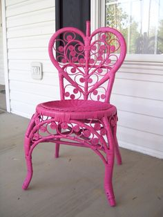 Wicker Chair After - I have a plain wicker chair in my lounge that i am going to paint a bright colour similar to this. Painting Wicker Furniture, White Wicker Furniture, Wicker Dresser, Wicker Mirror, Wicker Headboard, Wicker Shelf, Wicker Bedroom, Wicker Table, Wicker Sofa