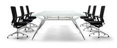 Arkitek, elegancia arquitectónica en mesas de oficina