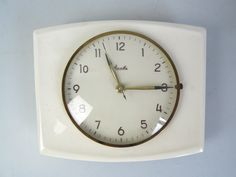 VINTAGE MAUTHE WALL CLOCK MID CENTURY MODERNIST BAUHAUS KITCHEN 50s 60s 70s in Collectables, Clocks   eBay