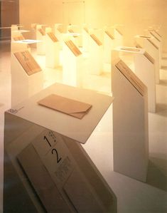 (pedestal for ipad) origata hanshi exhibition Interactive Exhibition, Interactive Installation, Exhibition Display, Exhibition Space, Display Design, Booth Design, Store Design, Design Museum, Exhibit Design