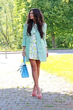 FashionHippieLoves  http://fashionhippieloves.com