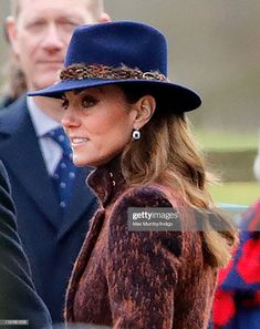 Catherine, Duchess of Cambridge attends Sunday service at the Church of St Mary Magdalene on the Sandringham estate on January 2020 in King's Lynn, England. Get premium, high resolution news photos at Getty Images Kate Middleton Model, Carole Middleton, Princess Kate Middleton, Middleton Family, The Duchess Of Devonshire, Camilla Duchess Of Cornwall, Duchess Of Cambridge, Duchess Alice In Wonderland, Duchess Georgiana