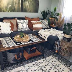 Boho Living Room, Living Room With Plants, Earthy Living Room, Cozy Living Rooms, Living Room With Color, Manly Living Room, Boho Room, Living Room Inspiration, Design Inspiration
