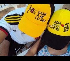 Vendemos gorras bordadas publicitarias y personalizadas. Envío a todo Colombia. Más info visita nuestra página o escríbenos por whatsapp al 3106138396.