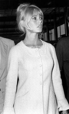 A George Vreeland Hill pin. Brigitte Bardot, Bridget Bardot, Jeanne Moreau, Divas, And God Created Woman, Catherine Deneuve, French Actress, Schneider, Fashion Pictures