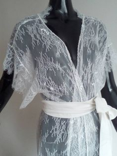 Sexy lace gown. Wedding lace kimono colors white  от LuxuriaFata