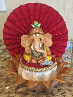 Yesterday we celebrated Ganesh Chaturthi – one of the most important and biggest festivals celebrated in honour of Lord Ganesha (the God with the head of an elephant). I can't wait to s… Clay Ganesha, Ganesha Painting, Ganesha Art, Lord Ganesha, Ganpati Decoration Design, Thali Decoration Ideas, Decor Ideas, Ganesh Chaturthi Decoration, Happy Ganesh Chaturthi Images