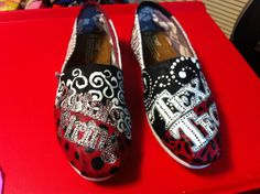 TOMS discount site. Some less than $20 OMG! Holy cow, I'm gonna love this site! How cute are these TOMS  shoes ♥ them!#shoes #2014 #Toms