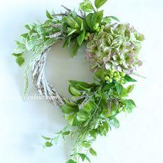 Flower Design & Artificial Flower - S-colour Creative Gifts For Boyfriend, Boyfriend Gifts, Summer Wreath, Japanese Art, Artificial Flowers, Grapevine Wreath, Dried Flowers, Flower Designs, Painted Rocks