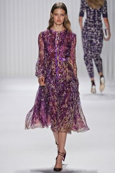J. Mendel Spring 2013 RTW - Review - Fashion Week - Runway, Fashion Shows and Collections - Vogue - Vogue