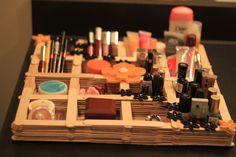 Quilling make-up organizer with ice-cream sticks