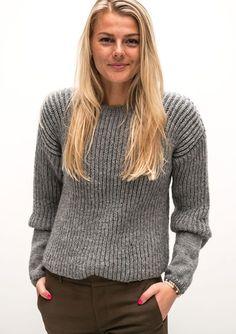 Damesweater i patent Diy Crochet Top, Knit Crochet, Knitting Projects, Knitting Patterns, Crochet Patterns, Scandi Style, Cardigans, Sweaters, Knit Dress
