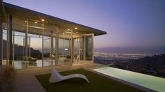 Stunning Skyline Residence in the Hollywood Hills