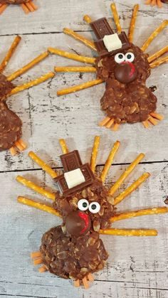 No-Bake Turkey Treats: Turn a simple no-bake cookie recipe into a festival turkey with this seasonal recipe.
