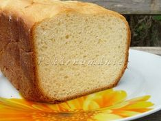 Sladký snídaňový chlebík z DP recept - TopRecepty. Brie, Cornbread, Banana Bread, Ethnic Recipes, Food, Millet Bread, Essen, Meals, Yemek