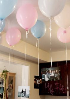 Floating Flashbacks #pink #blue #balloons #pictures