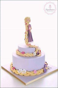 Beautiful Rapunzel Cake