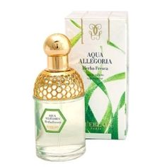 Guerlain Aqua Allegoria Herba Fresca (1999): A real herbal green scent. Focusing on mint, but not quite: the dew on the leaves, the fine herbs, its beautiful grassy ambience raise it one notch up from many herbal efforts from others. A survivor, it still circulates on Guerlain counters and is always in production. (fonte: http://perfumeshrine.blogspot.it/2011/04/guerlain-aqua-allegoria-fragrances.html)