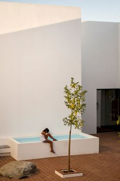 Coolest Small Pool Ideas with 9 Basic Preparation Tips – Futurist Architecture
