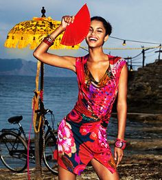 New Season Preview of the Desigual Women's collection.