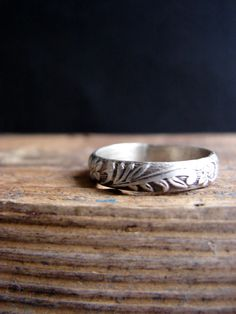 Rustic Sterling Silver Band Ring Romantic Wedding Ring Stack Ring    Sterling silver patterned ring with a rustic design featuring leaves and flowers. An
