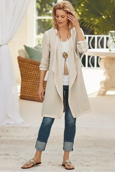 Best Outfits For Women Over 50 - Fashion Trends Spring Work Outfits, Spring Outfits Women, Fall Outfits, Casual Outfits, Fashion Outfits, Moda Fashion, Fashion Over 50, Fashion Fall, Fashion Trends 2018