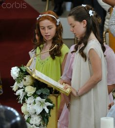 Princess Caroline of Hanover's daughter Alexandra (R) reads at the altar during the religious wedding ceremony for Monaco's Prince Albert II and Princess Charlene at the Palace in Monaco 2 July 2011 Andrea Casiraghi, Charlotte Casiraghi, Beatrice Borromeo, Princess Grace Kelly, Princess Caroline Of Monaco, Princesa Alexandra, French First Lady, Albert Von Monaco, German Royal Family