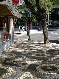 Patterned Mosaic Pavements in Funchal. Photo by Travel Logger Madeira, Portugal. Funchal, Portugal, Azores, Paving Texture, Modern Driveway, Stone Pavement, Paving Pattern, Natural Flooring, Mosaic Tiles