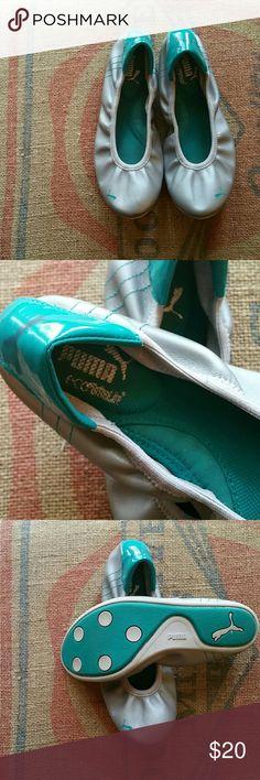 Puma eco ortholite sport lifestyle flats Puma eco ortholite sport lifestyle flats  Size 7 Color  silver and turquoise trim Very good condition Puma Shoes Flats & Loafers