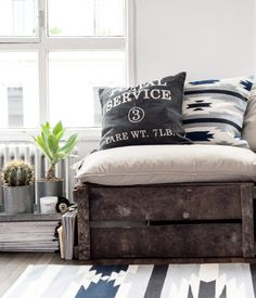 Jacquard-Weave rug. $30. 2.5x4.5 ft | H&M US