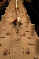 Hääkattaus Table Decorations, Furniture, Home Decor, Decoration Home, Room Decor, Home Furnishings, Home Interior Design, Dinner Table Decorations, Home Decoration