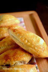 rahkavoitaikina Hot Dog Buns, Hot Dogs, Bread, Vegetables, Food, Brot, Essen, Vegetable Recipes, Baking