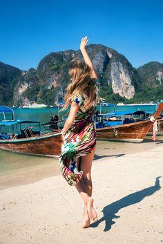 Gypstitch Girls can always be found close to a coastline. Sea Sick? Never. ;)