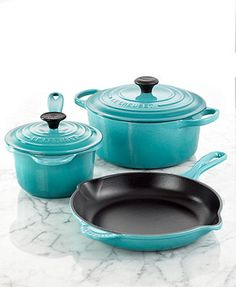 Le Creuset Signature Enameled Cast Iron 5 Piece Cookware Set- carribean color.  Some day...some day