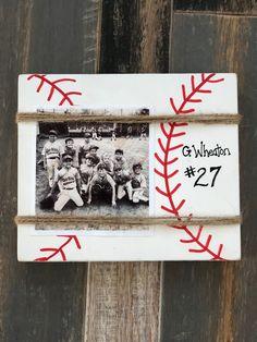Baseball Photos Poses - Baseball Field Valentines Boxes - Baseball Gifts For Husband - - Baseball Bases, Baseball Signs, Baseball Crafts, Baseball Gear, Baseball Field, Sports Signs, Sports Decor, Baseball Mom Quotes, Baseball Room Decor