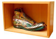 Fabulosul, stare de agregare a materiei vizuale | Revista Casa Lux | Ştefan Pelmuş Clogs, Clog Sandals