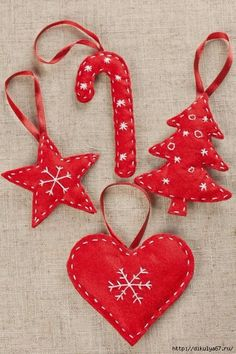 Ideas For Sewing Decor Ideas Christmas Gifts Easy Christmas Decorations, Felt Decorations, Felt Christmas Ornaments, Noel Christmas, Homemade Christmas, Decoration Crafts, Ornaments Ideas, Christmas Holiday, Felt Crafts