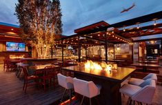 34 San Diego restaurant patios that serve up delicious views and vibes - The San Diego Union-Tribune Patio Dining, Outdoor Dining, Outdoor Decor, Outdoor Shop, San Diego Skyline, San Diego Restaurants, Outdoor Restaurant, Chinese Restaurant, Restaurant Design