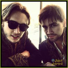 Toby and Torrance on set