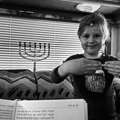 Izzy here. Can you guess which Hebrew word Tirzah made up this sign language for? I'll tell you in a second, after I tell you the story behind it. I recently read this article about incorporating sign language into linguistic education http://goo.gl/YSlFK0 and was excited because this is exactly what I've been doing with Tirzah for the last couple months - incorporating DIY sign language into the learning process! (Did you guess the word? It's shamar שמר, the Hebrew word to guard or keep.)