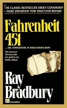 Fahrenheit 451 By Ray Bradbury Collectible 1979 Del Rey Science Fiction Classic Used Books, Great Books, Books To Read, Sci Fi Books, Fiction Books, Pulp Fiction, Ray Bradbury Books, Science Fiction, High School Literature
