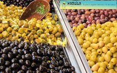 Segundo articulo de nuestra serie sobre una de las frutas mas antiguas, ricas y saludables en el mundo.  #Olivo #Aceituna http://www.naguila.co/#!Propiedades-medicinales-y-beneficios-de-las-aceitunas-para-la-salud/c21wf/BA104150-1CEE-4784-B30E-46C59B6E0BAF