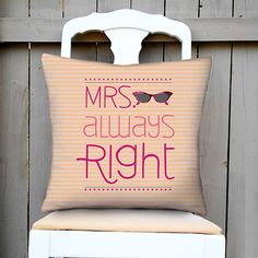 Capa para Almofada Mrs. Always Right Colorida Poliéster (40x40cm) - Haus For Fun