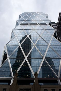 Hearst Tower reflects New York City (literally and figuratively).