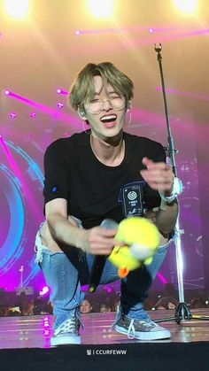 Jae Day6, Country Music, Country Girls, Beyonce Crazy In Love, 5sos Concert, One Direction Concert, Concert Stage, Beyonce Album, Chris Stapleton